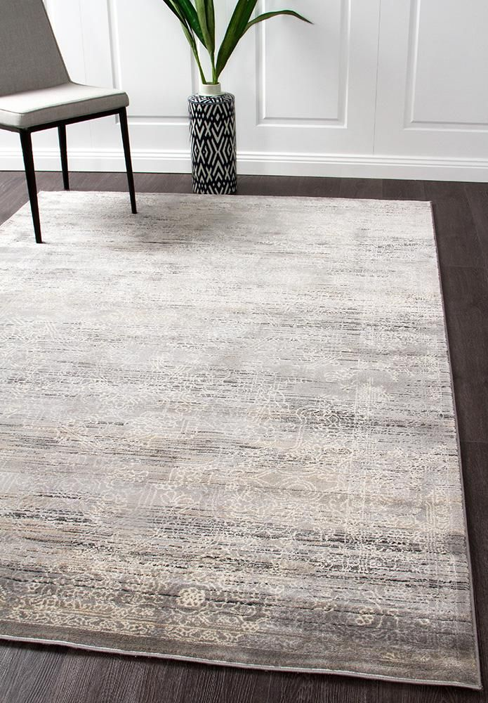 Our Lisala 458 Grey Beige Traditional Vintage Patterned Rug features beautiful vintage patterns in neutral tones: