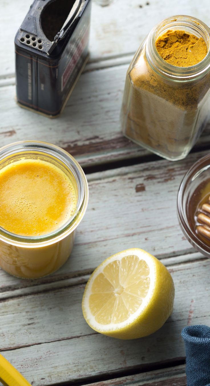 Fight off your cold with this ginger-tumeric wellness shot—it takes only 5 minutes to make!