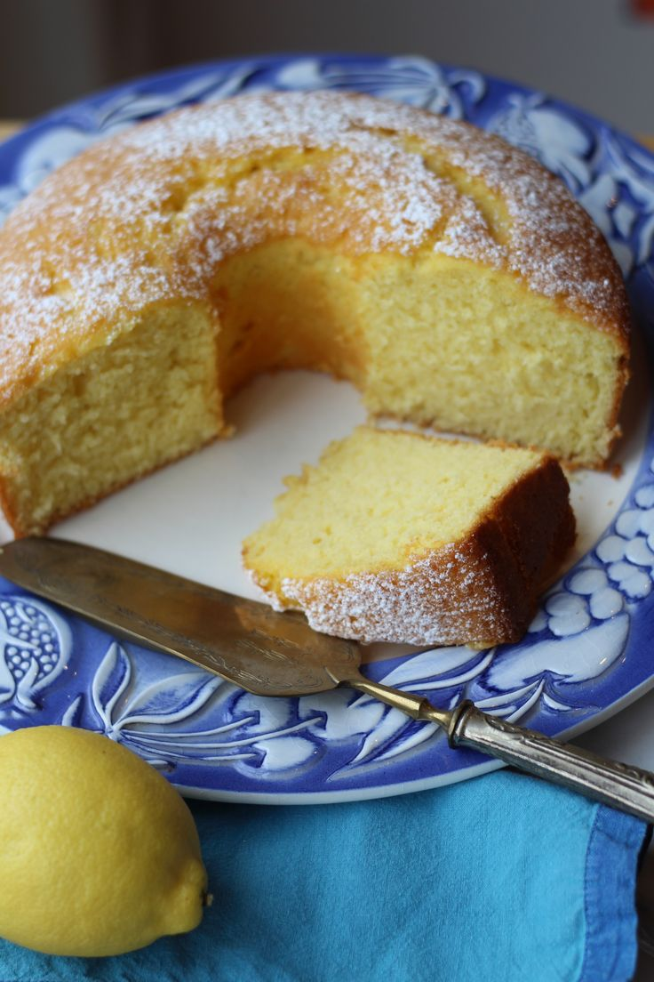 This exceptional light and fluffy cake is an all time favourite of mine! Nonna's Sponge Cake, a cake that all nonnas make is a must in all Italian households!