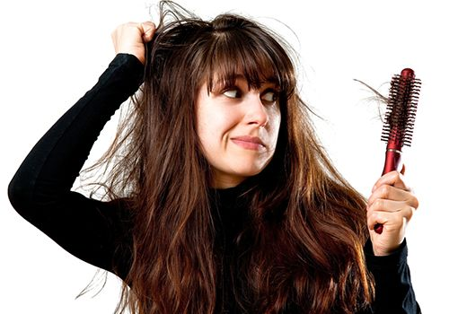 Saçlar Neden Kırılır ve Saç Kırılması Nasıl Önlenir?