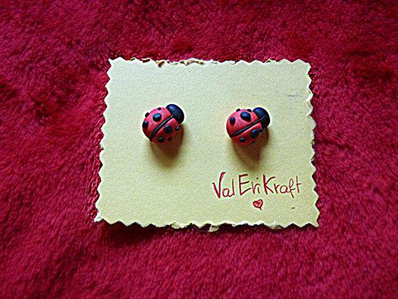 We feel Spring! #ladybug #inspiration #cute #kawai #tutorial #earrings #orecchini #coccinella #fimo #polymerclay #polymer #clay #craft #onlineshop #etsy #diy #love
