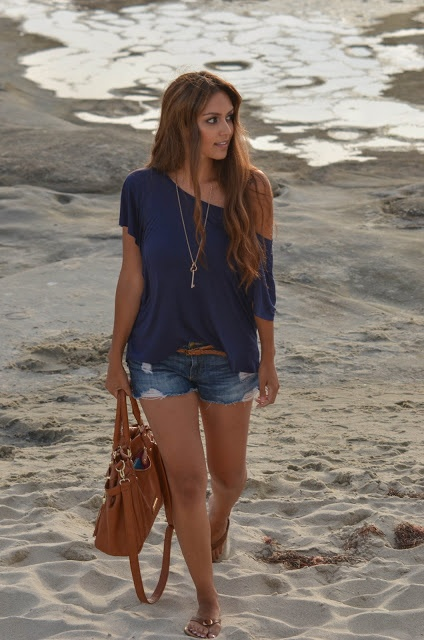 Ripped denim shorts with blue flowy off-the-shoulder shirt and long necklace #style #fashion +++For more tips + ideas, visit http://www.makeupbymisscee.com/
