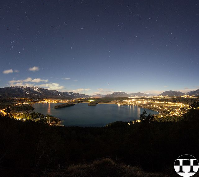 #Lake #Faak #View By #Night From #Tabor Heights @ktr15 @carinzia #villach @Flickr #Flickr #nature #landscape #longexposure #stars #outdoor #carinthia #austria