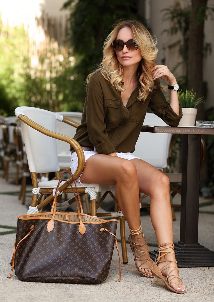 Louis Vuitton Tote postolatieva.com