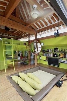 Ummm… who wouldnt want some version of this room?!! Would make a great entertainment room too. Perfect teen bedroom with sunken bed, game console, t…