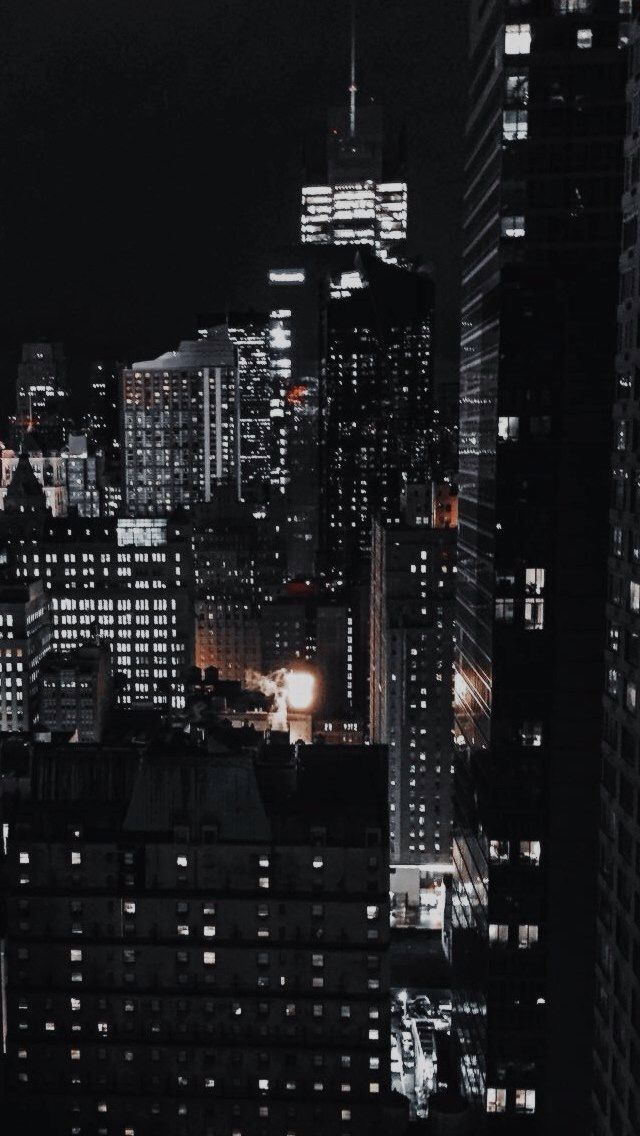 Pin By Jelena 0099 On All Around The World Aesthetic Wallpapers City Wallpaper Dark Wallpaper
