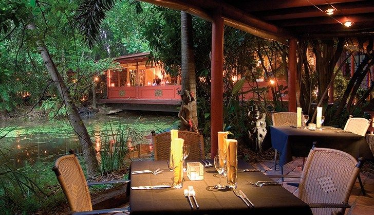 Dinner at the Spirit House in Yandina, Sunshine Coast is an amazing experience - not only for the delish food!