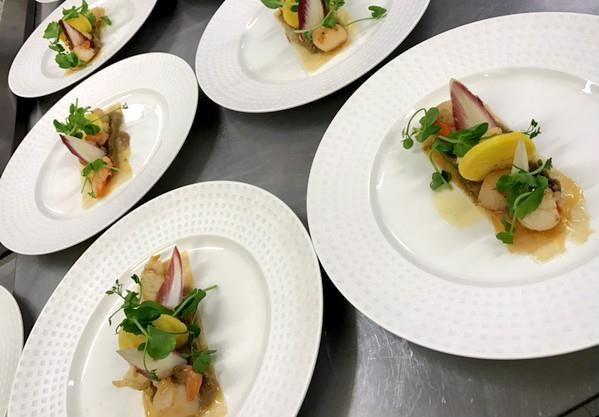 Souvenir des fêtes de fin d'année... Et quelques photos complémentaires des assiettes confectionnées par le Chef David Prevel...