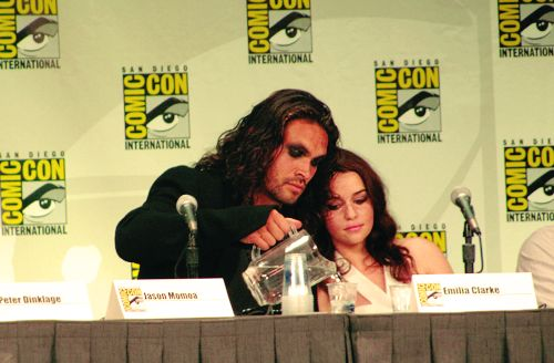 Jason Momoa and Emilia Clarke | Game of Thrones ...