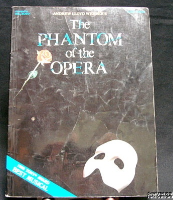 Book Music PHANTOM OPERA Easy Piano Voice Words 1988 Webber Broadway Musical