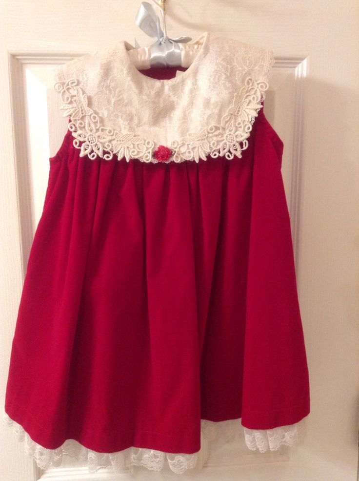 Little Girls Christmas Jumper Dress  /  Brooke Lindsay Holiday Dress Size 24 Months  /  Vintage Girls Red Dress  /  Cheapvintagefashion by Cheapvintagefashion on Etsy