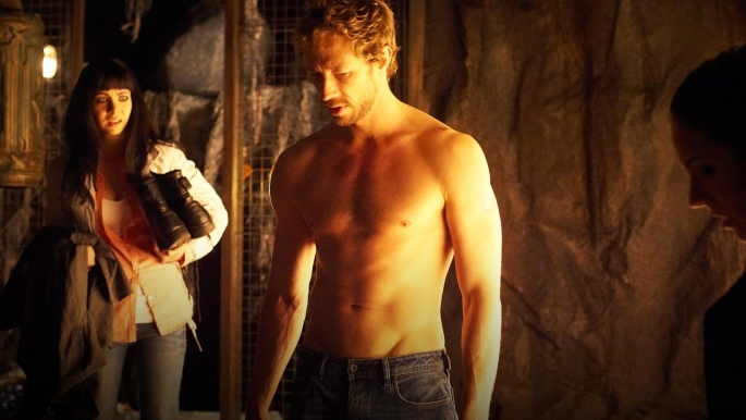 Half naked Dyson and Kenzie from Lost Girl
