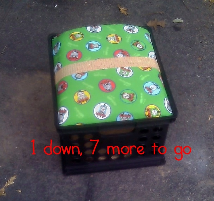 Filing Crate Seats... store stuff in them AND sit on them!Crates Storage, Milk Crates, Learning Ahoy, File Crates, Crates Seats, July 2011, Classroom Ideas, Classroom Organic, Lego Table
