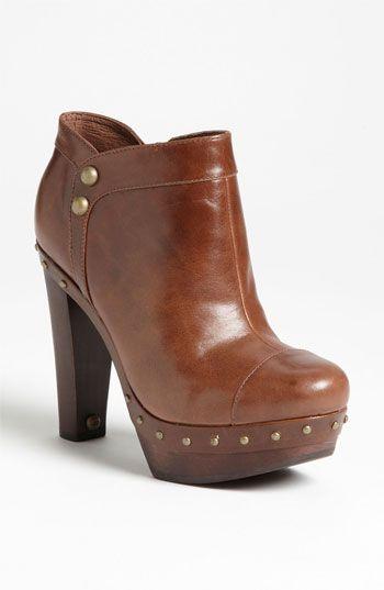Vintage cowboy brown low heel mid calf western womens calf skin Leather boots…