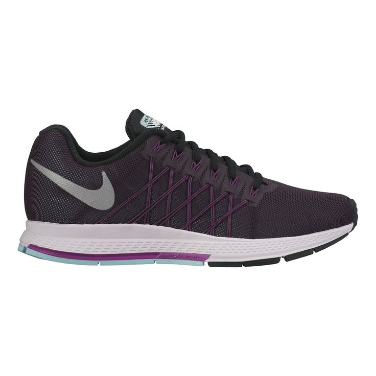 The Nike Air Zoom Pegasus 32 Flash Women's Running Shoe delivers highly responsive cushioning and lightweight support to help you find your fastest run. A reflective, water-repellent upper keeps you visible, dry and comfortable in dark, dreary conditions. A Nike Zoom Air unit in the heel combines pressurized Nike Air and internal fibers to create cushioning that springs back fast—so you move fast. The three-layer, abrasion-resistant mesh upper repels water while keeping your fee...