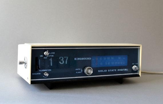 vintage flip clock alarm radio west german kingsound white. Black Bedroom Furniture Sets. Home Design Ideas