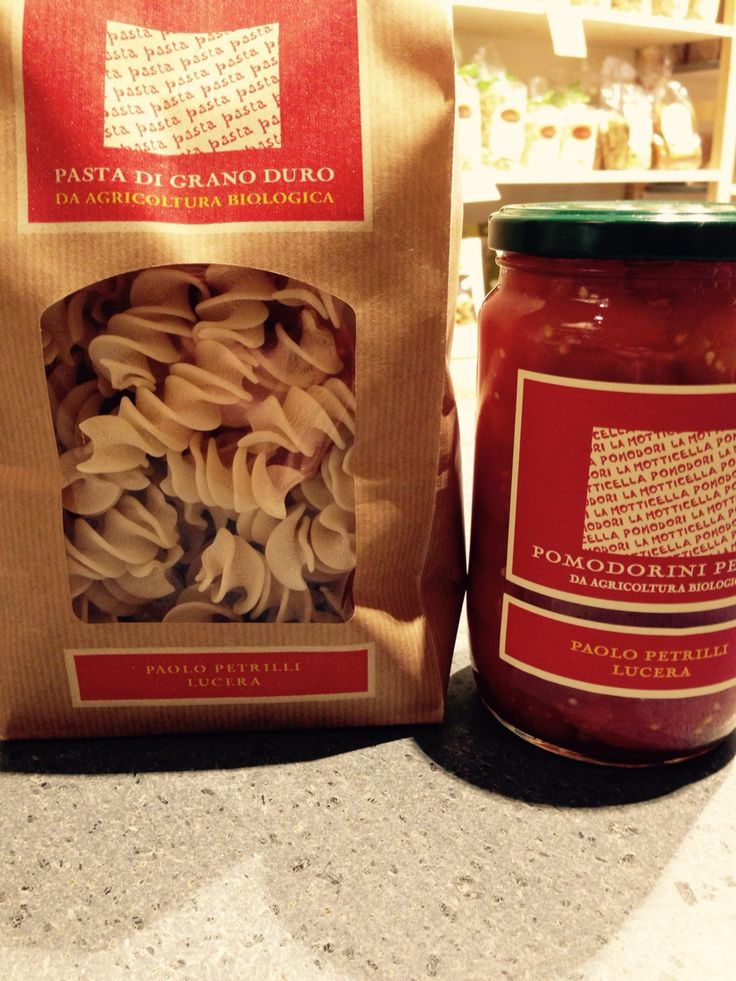 Organic pasta and tomatoes from APULIA