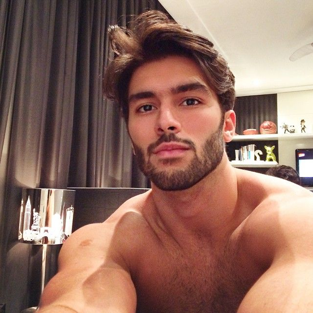 13 best marcello alvarez images on pinterest marcello alvarez hair dos and hot guys. Black Bedroom Furniture Sets. Home Design Ideas