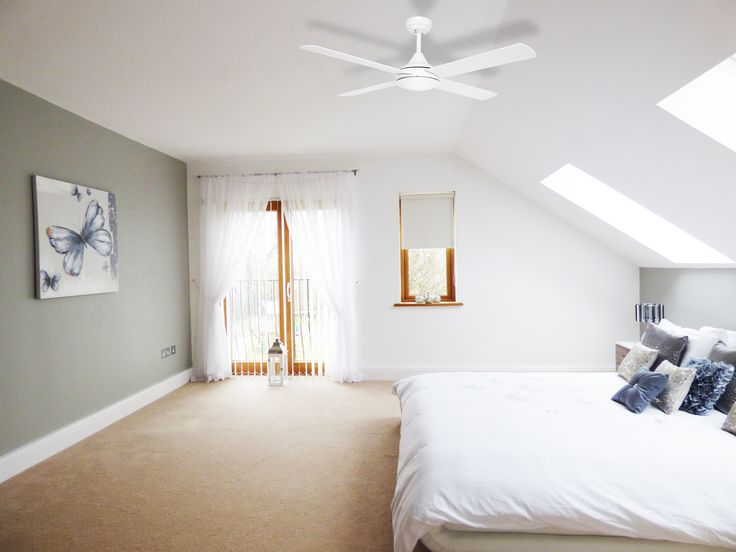 With its quiet energy efficient DC motor, timer settings via remote and reversible functionality, the Eco Silent ceiling fan from Fanco is the perfect bedroom fan for those scorching summer nights. The Eco Silent features 4 timber blades and a 5 speed remote with wall holder making it great value for any household.