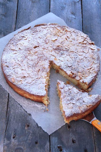 Tarte à la ricotta , au citron et aux amandes | Cette recette de Donna Hay me tentait depuis un moment car j'aime beaucoup utiliser l...