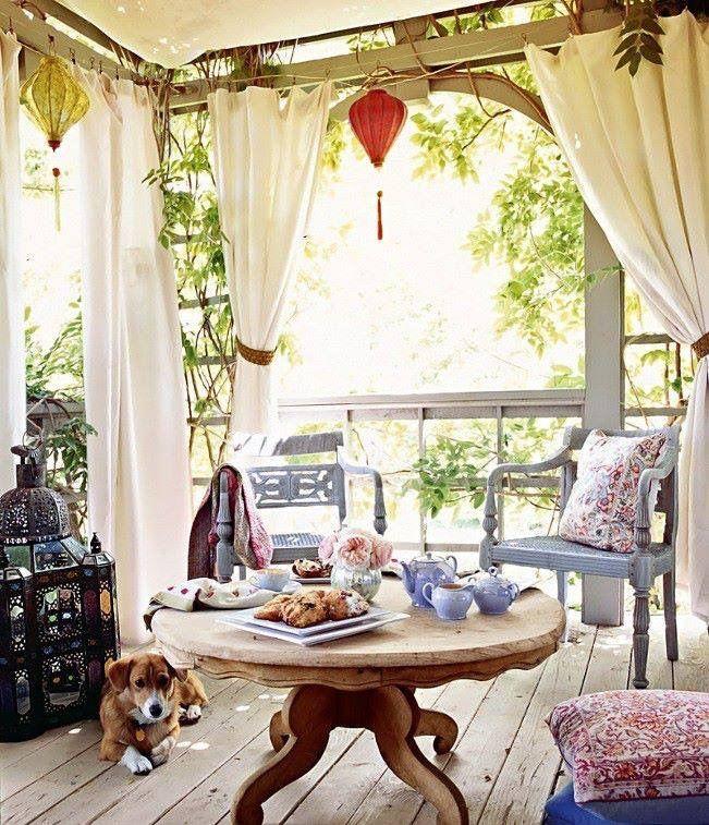 Cute deck decor maybe the curtain idea