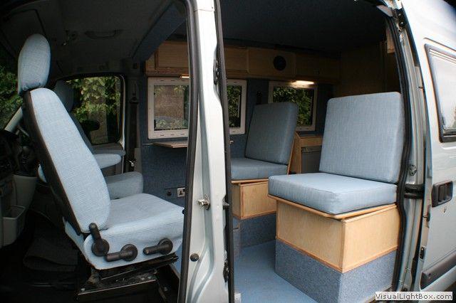 Side access, 4 seats