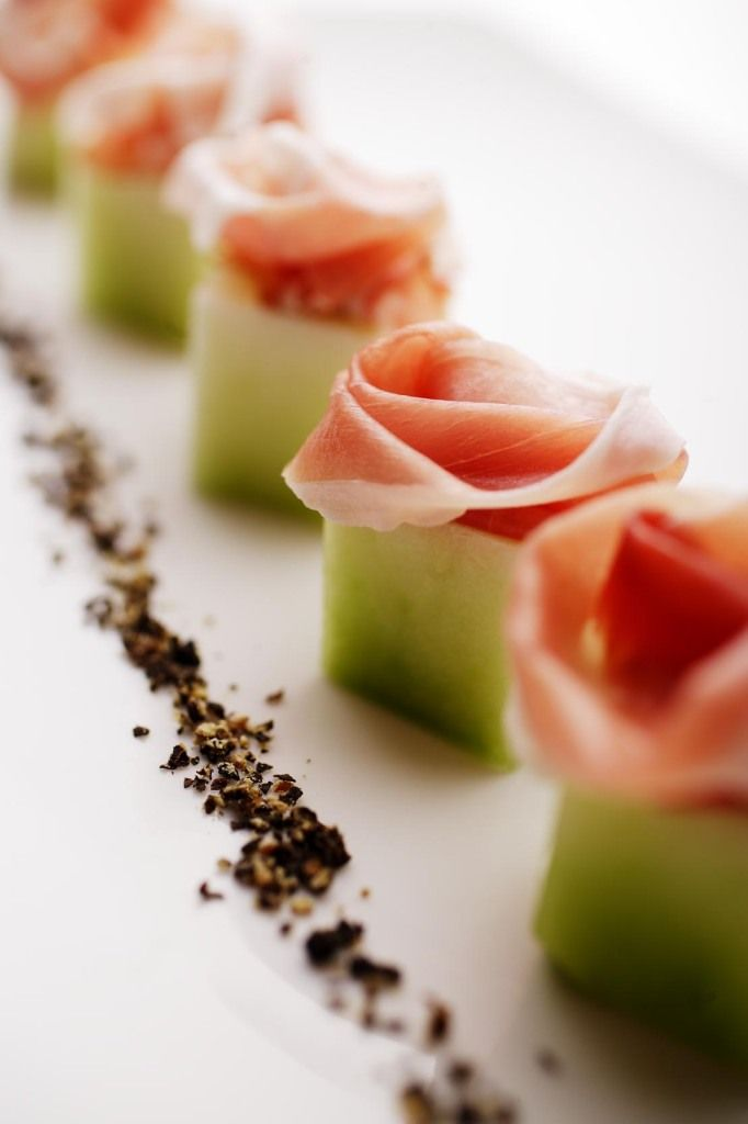 Prosciutto e Melon - interesting presentation!