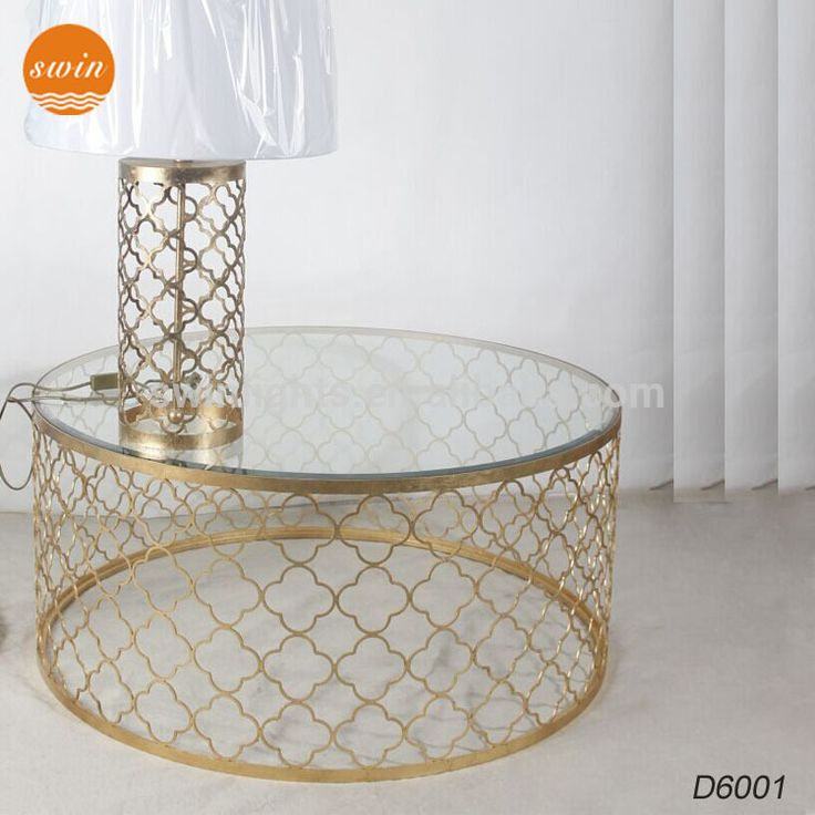 25 beste idee n over glazen tafels op pinterest glazen tafel grote bank en sectionele banken - Stoelen voor glazen tafel ...