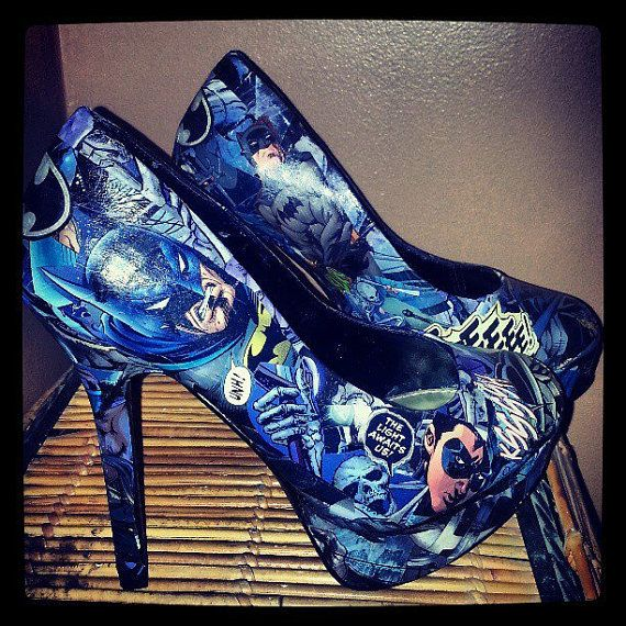 Hey, I found this really awesome Etsy listing at http://www.etsy.com/listing/127956020/batman-comic-heels