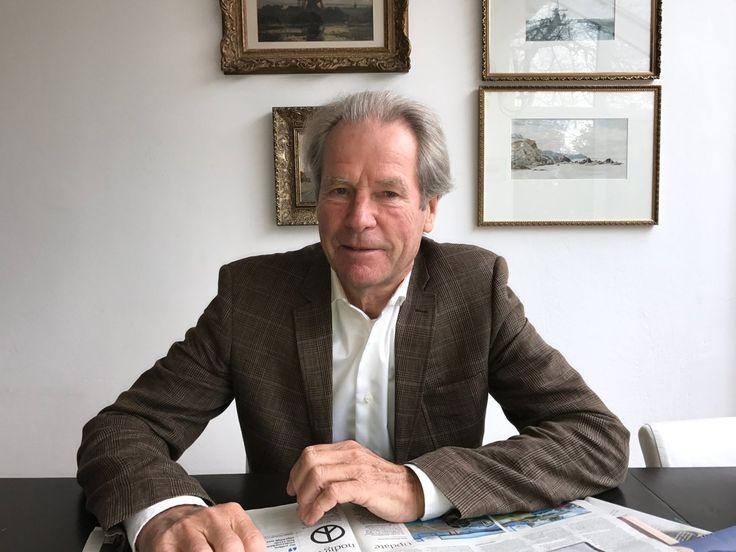 """Mooi artikel van Peter Hagedoorn over zijn boek 'De vloeibare samenleving' bij Baaz Magazine: """"De digitalisering van de samenleving gaat snel. Het besef dat door de digitalisering de wereldorde op zijn kop wordt gezet is er echter nog nauwelijks. En dit terwijl de overgang naar de digitale samenleving waarschijnlijk een dramatischer overgang gaat worden dan die van de agrarische samenleving naar het industrieel tijdperk."""" #devloeibaresamenleving #peterhagedoorn #baazmagazine #futurouitgevers"""