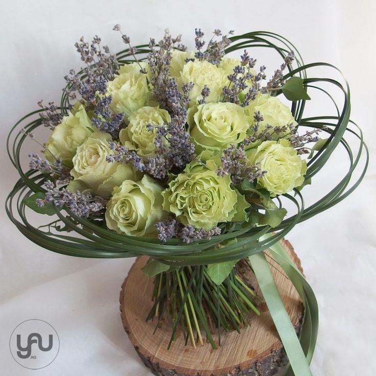 yau concept_yau flowers_yau events_buchet cu trandafiri si lavanda #bouquet #flowers #floraldesign #floralart #floral #specialbouquets #modernbouquet
