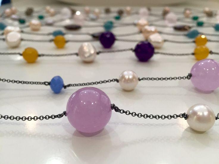 Nueva colección cápsula de verano inspirada en el collar mariposa de Yomime. Más información en nuestro blog.