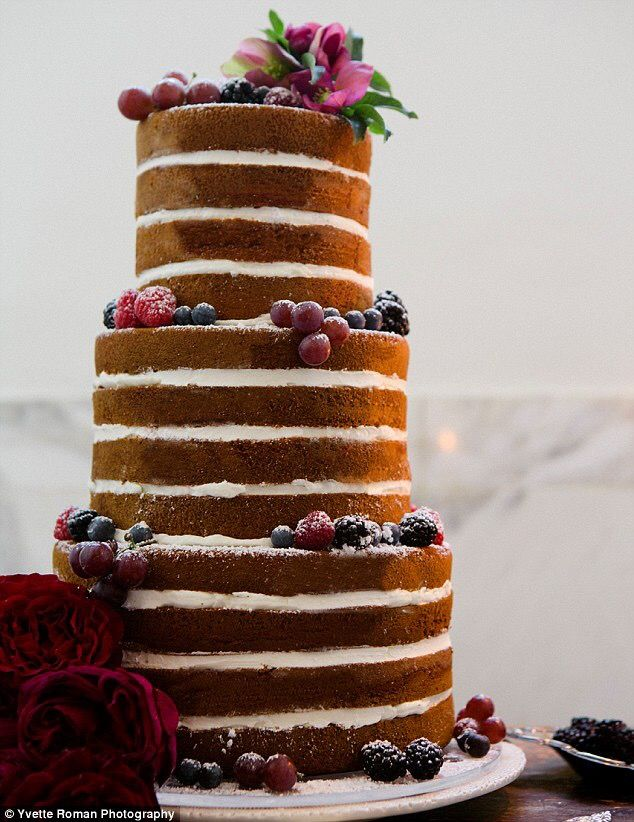 """unfrosted wedding cakes   ... 20 Absolutely Yummy-Looking Unfrosted """"Naked"""" Wedding Cake Ideas"""
