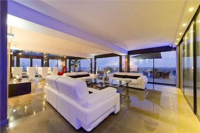 Living room. Mansion in Saint Paul, France