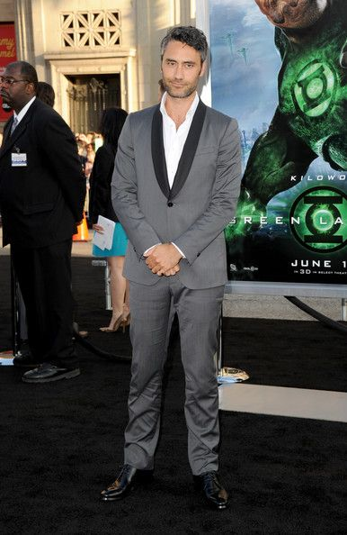 """Taika Waititi Photos - Actor Taika Waititi arrives at the premiere of Warner Bros. Pictures' """"Green Lantern"""" held at Grauman's Chinese Theatre on June 15, 2011 in Hollywood, California. - Premiere Of Warner Bros. Pictures' """"Green Lantern"""" - Arrivals"""
