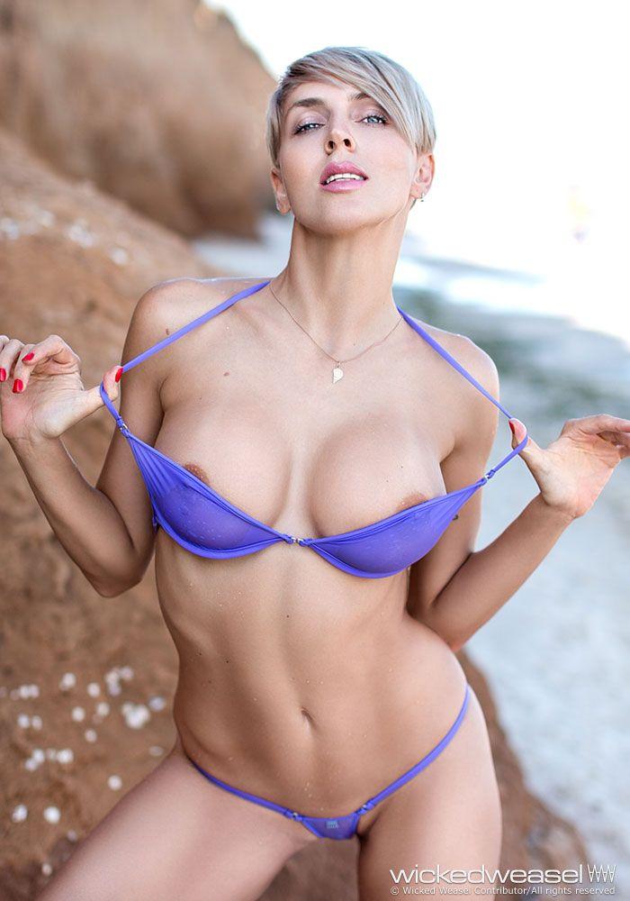 1077 Best Micro Bikini Images On Pinterest  Arrow Keys -9474