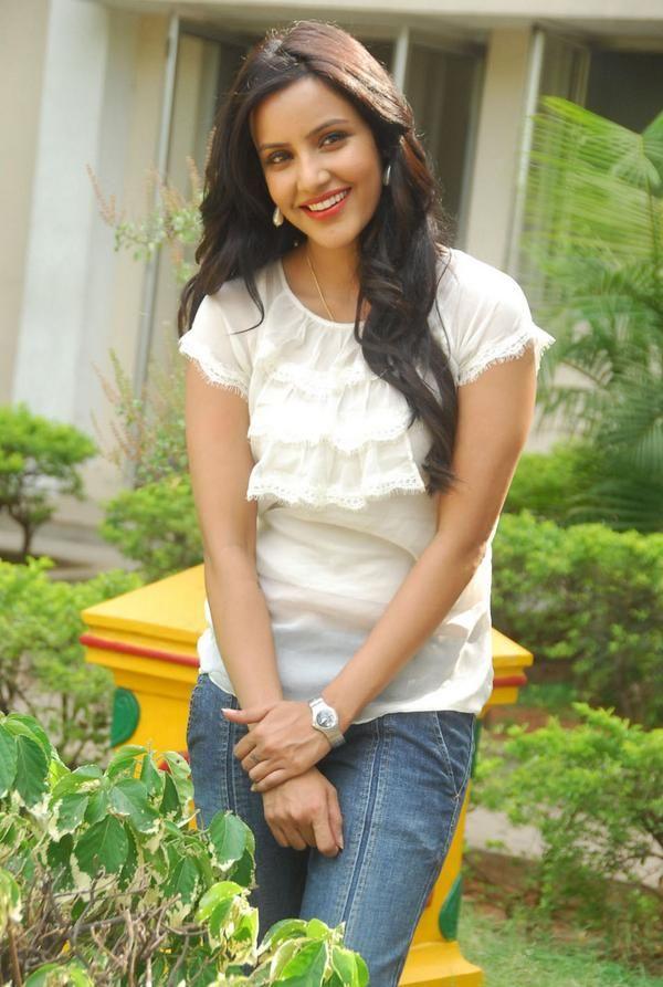 Photoshoot for Priya Anand