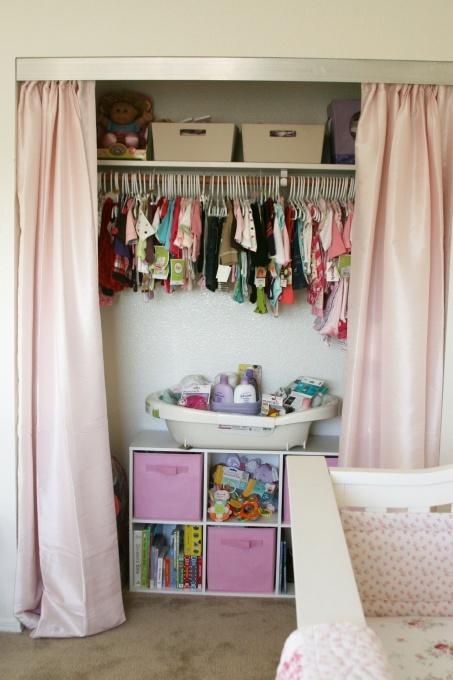 best 25 closet door alternative ideas only on pinterest closet door curtains door window. Black Bedroom Furniture Sets. Home Design Ideas