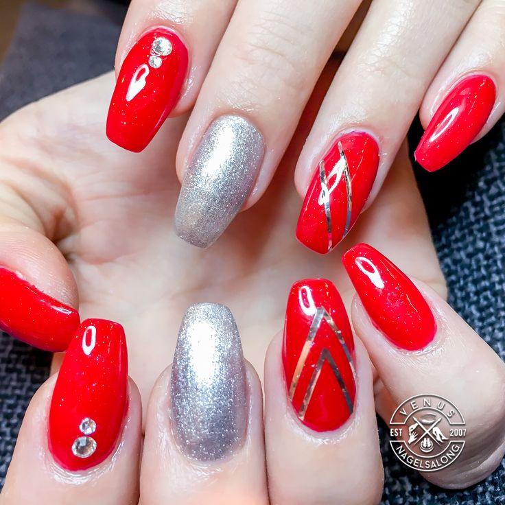 Nagelförstäkning med dekoration #Venusnagelsalong #nagelförlängning #nagelförstärkning #gelénaglar #nagelförlängninglinköping #nagelförstärkninglinköping #gelénaglarlinköping #nagelsalonglinköping #naglarlinköping @hannado77  #naglar #nails#nagelförlängning #instanails#nailstagram #naillovenailsmagazine #nailart #nailartaddict#nailaddict #nailwow #nailswag #beauty#skönhet #linköpingsweden #tannefors #tanneforlinköping