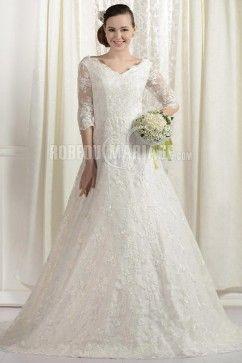 Col en V robe de mariée grande taille en dentelle à  manches mi-longues