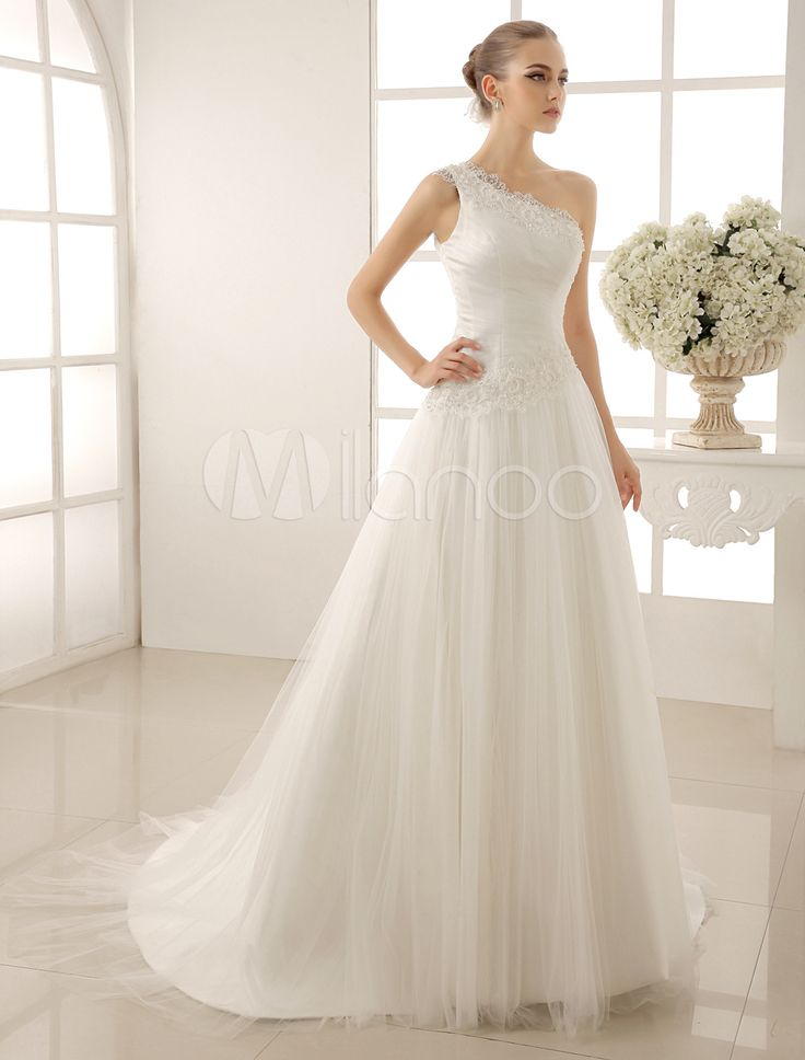 Amazing One Shoulder Wedding Dress With Sequined Tulle