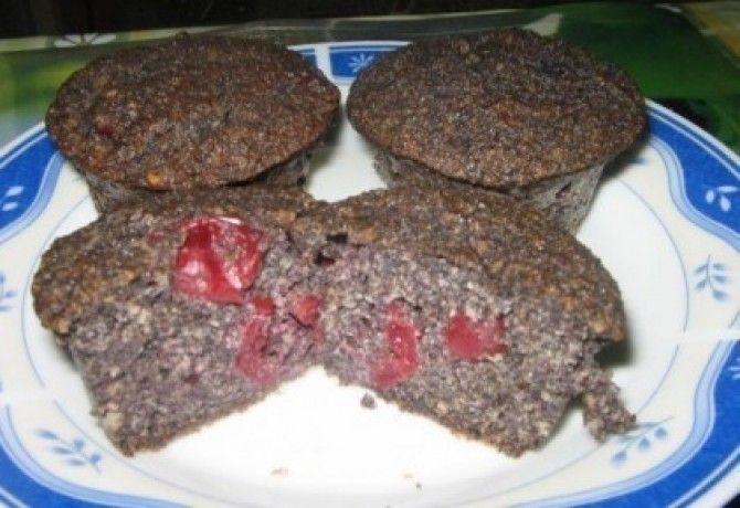 Meggyes - mákos muffin - MINDENMENTES