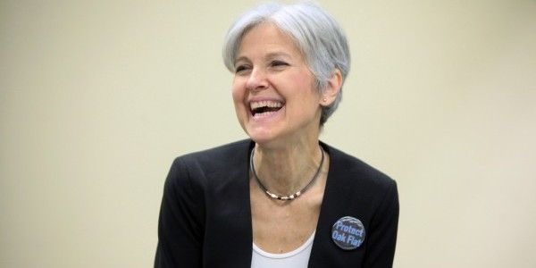 There are a few stories going around about Green Party presidential candidate Jill Stein being anti-science, and worse, anti-vaccine. This is nothing but pro-Clinton fear mongering at best.