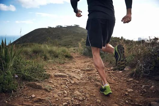 How To Master Downhill Trail Running ~ http://bit.ly/2f18Ol9 || http://j.mp/AmazonUKFuturepaceTech750ml || #FuturepaceTech #waterbottle #insulatedwaterbottle #stainlesssteelwaterbottle #outdoors #activelifestyle
