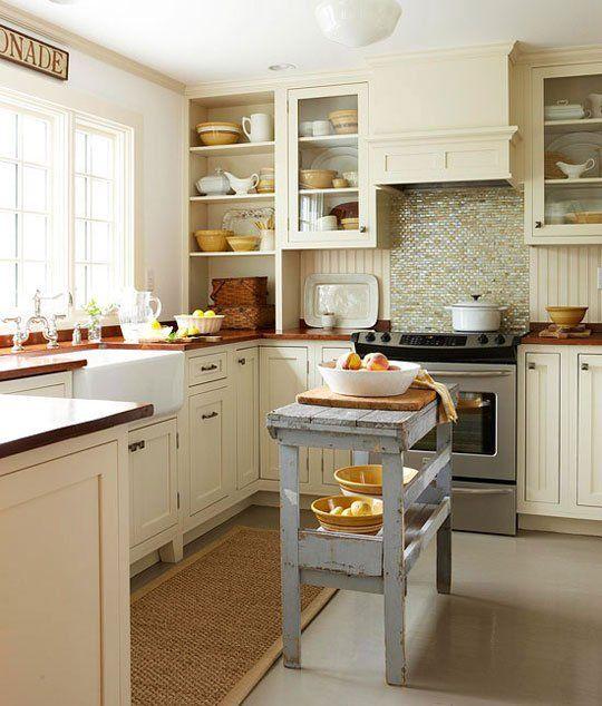 狭いキッチンにだって置きたい作業台