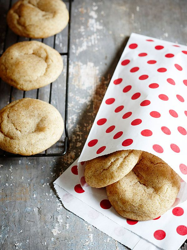 I have the best cookies for you today: Chai Browned Butter Snickerdoodles! I love cookies! Whether it's a homemade batch, a Mrs. Field's one at the mall or an Oreo, they all have some fond childhood nostalgia tied to them. Growing up, any homemade cookies in my house were butter cookies or sugar cookies. For …