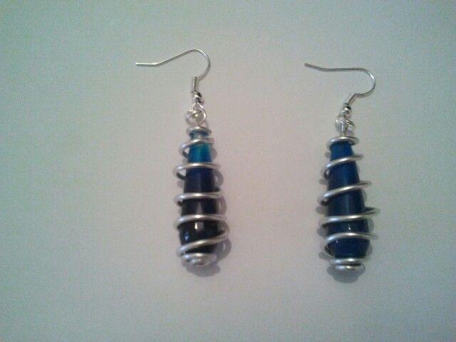 perle vetro blu e alluminio