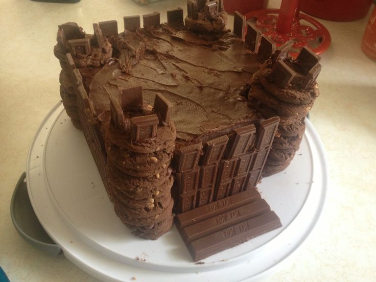 A Castle Cake I Made For My Son S Medieval Birthday Party
