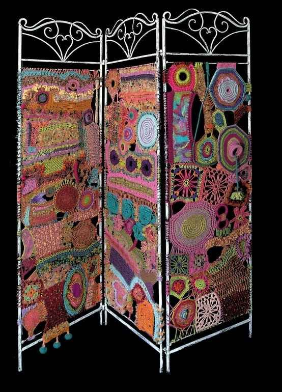 Room Dividers DIY Yarn Art Screen - plus several other easy solutions