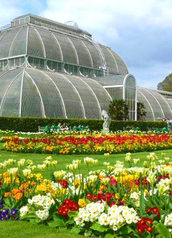 Kew Gardens, London. Check out Brigette's review of Audrey Niffenegger's Her Fearful Symmetry here: http://chaptersandscenes.wordpress.com/2014/04/10/brigette-reviews-her-fearful-symmetry/